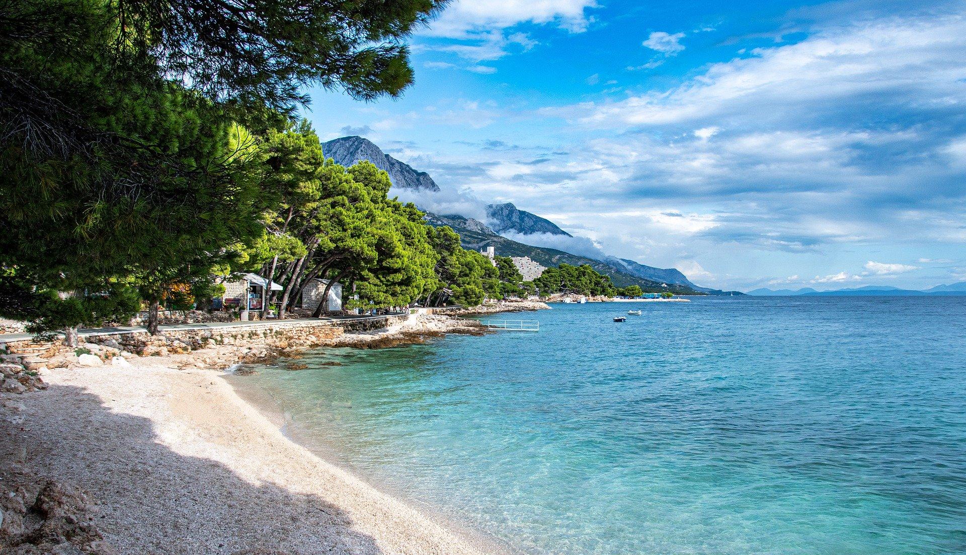 Najljepše hrvatske plaže za obitelji s malom djecom